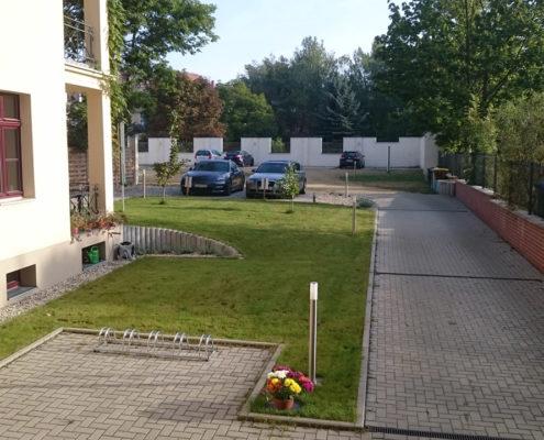 Pension Görlitz: ALBA - Parkplatz